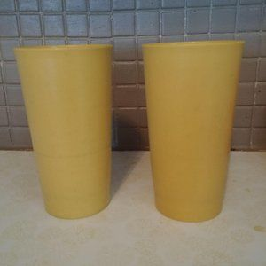 Tupperware Kitchen - Vintage Set of 3 Tupperware Cups 873/107 Yellow